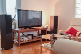 5 tips to consider when buying 65 inch flat screen television