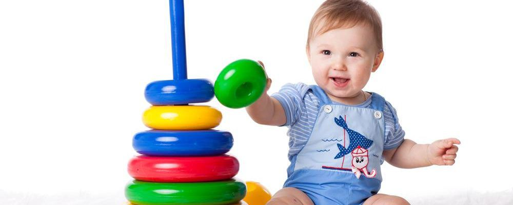 Choosing The Right Baby And Toddler Toys For Your Younger Ones