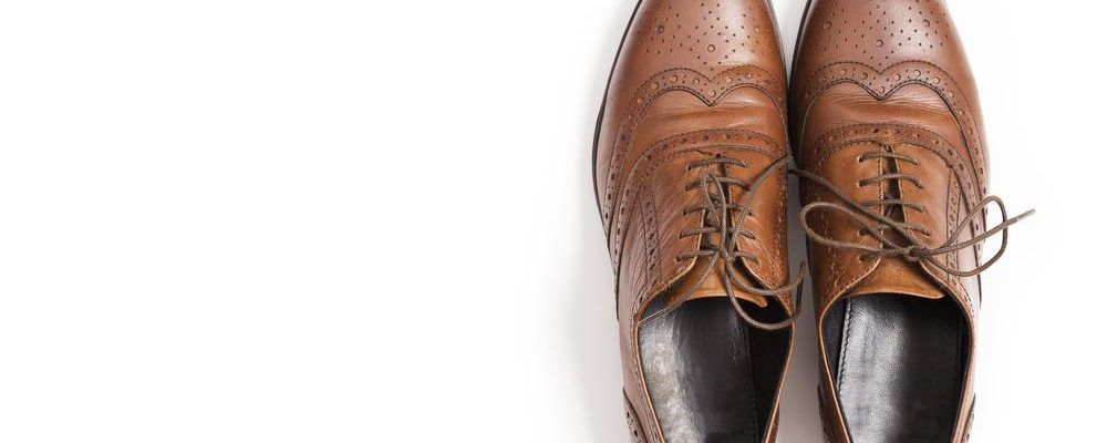 Facts about the best brands offering extra-wide men's shoes