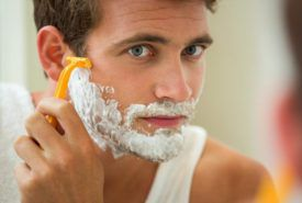 Gillette men's shaving products, pricing, and review