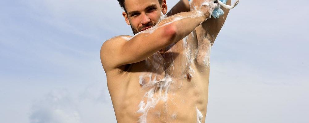 How to choose the right body wash for men