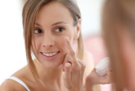 How to select anti-aging skin care products