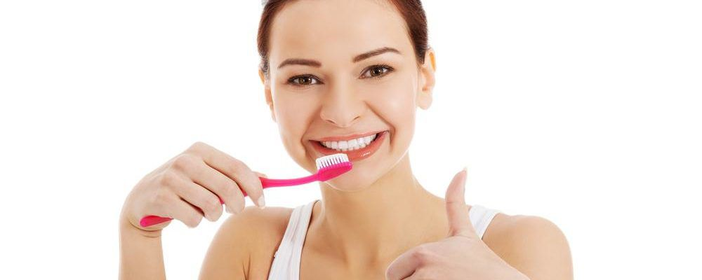 Things to consider before buying a teeth whitening toothpaste