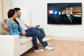 Tips for choosing the right HDTV for your living room