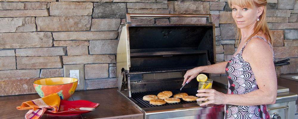 Top 4 gas grills by Weber